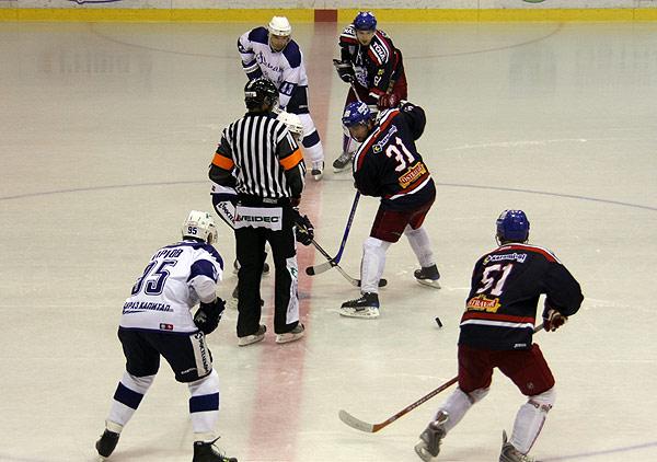Buly v utkání Sareza - Moskva